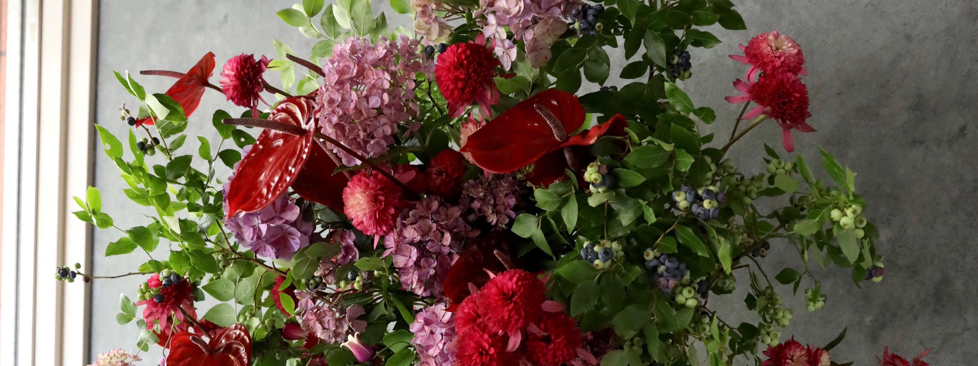 緑紅 ryokko 上質なガラス花器 季節の枝や花の自然な姿をそのままに[投げ入れ]
